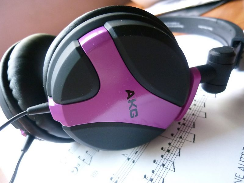 AKG K518 Headphone LE Fuchsia